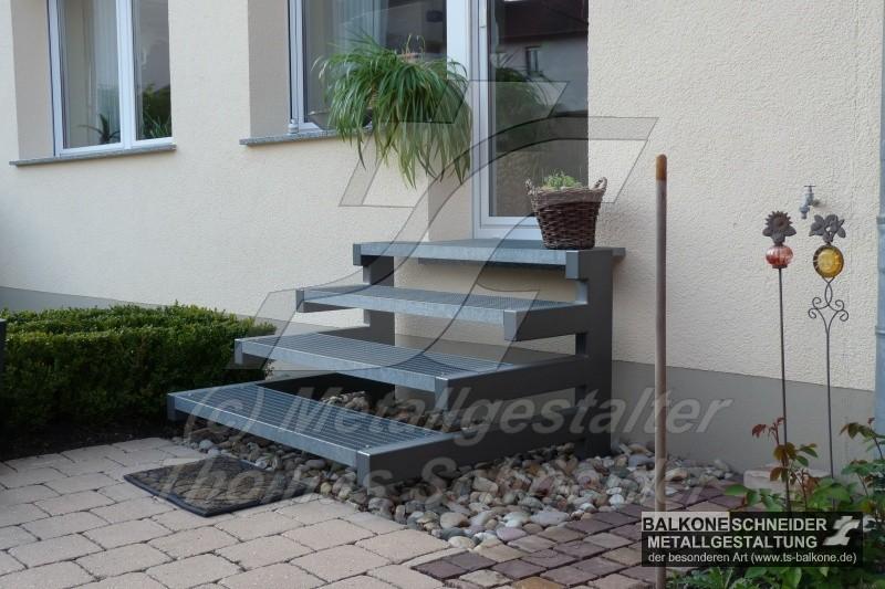 balkon und gel nder metallarbeiten nach ihren wunsch von. Black Bedroom Furniture Sets. Home Design Ideas